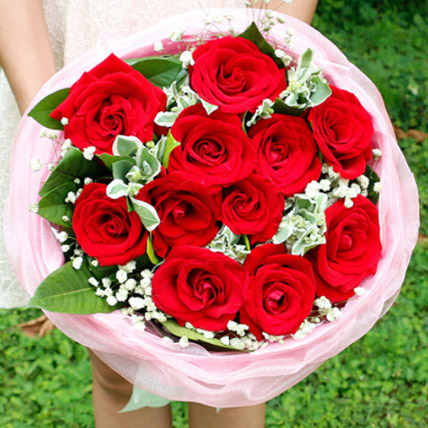 Love In Heart With Red Roses: Flower Delivery China
