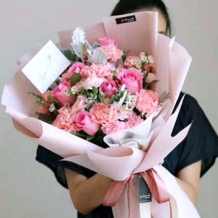 The Perfect Pink Bouquet: Gifts To China