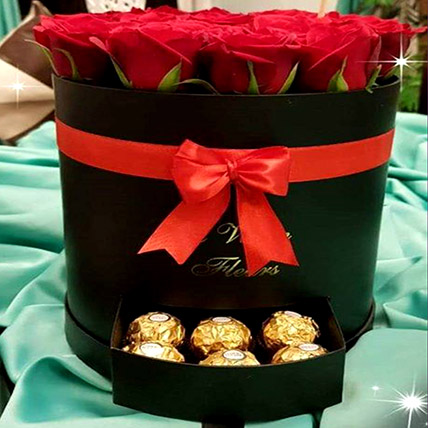 Chocolates and Roses Combo: Valentines Gifts Delivery in Jordan