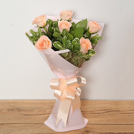 Bouquet Of Peach Roses KT: