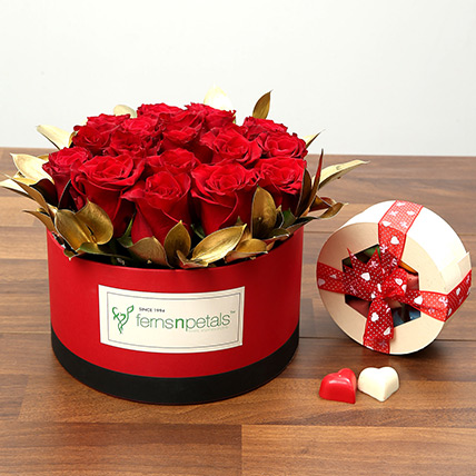 20 Red Roses With Belgium Chocolates: Valentine Gifts to Ajman