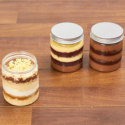 Banoffee and Black Forest Jar Cakes: