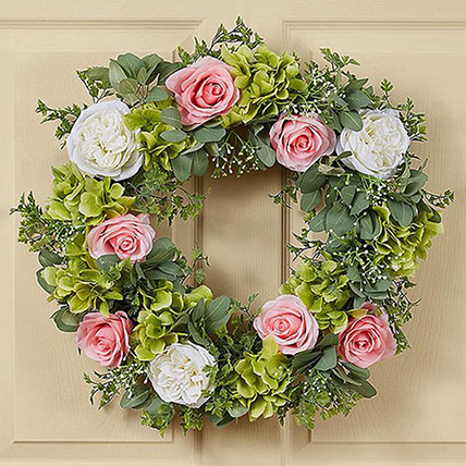 Beautiful Wreath of Roses and Hydrangea: Condolence Flowers Delivery