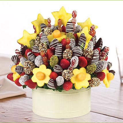 Berry Grand Occasion: Edible Arrangements