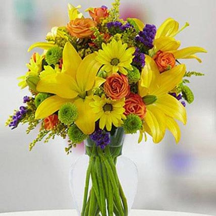 Brightest Days: Easter Flower Arrangements