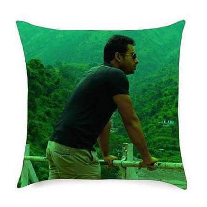 Customize Yourself on a Cushion: Personalised Gifts Dubai