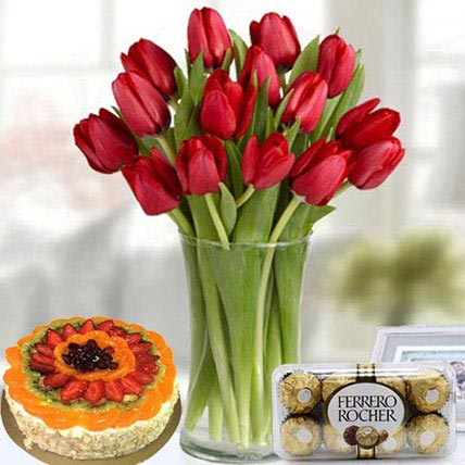 Enjoyable Delight: Flowers & Chocolates