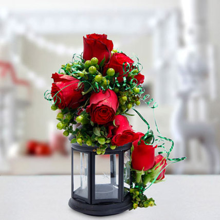 Joyful Gesture Bouquet: Flower Shop in Abu Dhabi