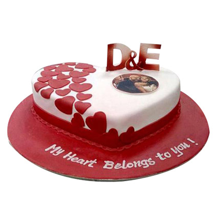 Little Hearts Cake: Personalised Gifts Dubai