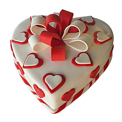 Red Ribbon Cake: Valentines Day Cakes