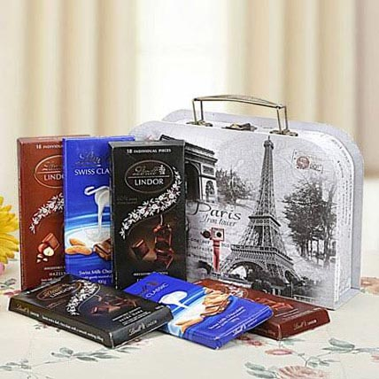 The Magic of Chocolates: Gift Hampers