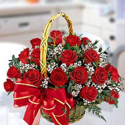 30 Red Roses Arrangement: Anniversary Basket Arrangements
