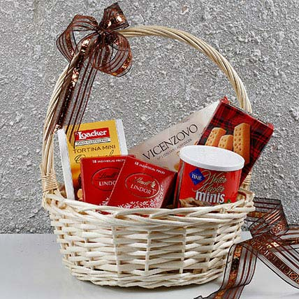 Basket Of Chocolates N More: Anniversary Hampers