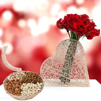 Roses Bunch and Dry Fruits Combo: Flowers & Dry Fruits