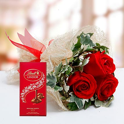 Red Roses Bouquet and Lindt Chocolate Combo: Gifts For Chocolate Day