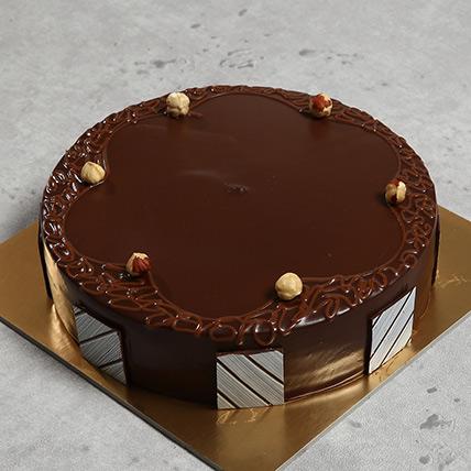 500gm Eggless Hazelnut Choco Cake: Wedding Cakes