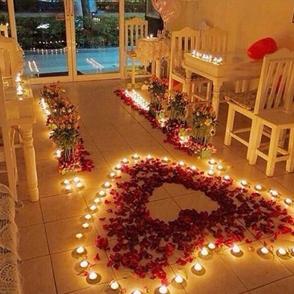 Romantic Roses and Candles Decorations: Gifts Delivery in Dubai