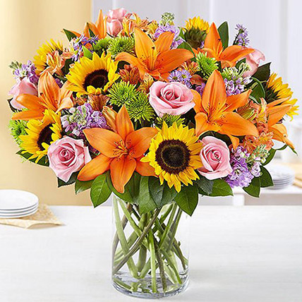 Vibrant Bunch of Flowers In Glass Vase: Eid Al Adha Gifts