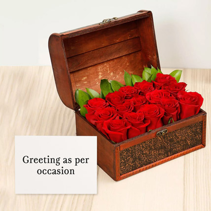 Red Roses Treasured Box With Greeting Card: Flowers & Greeting Cards