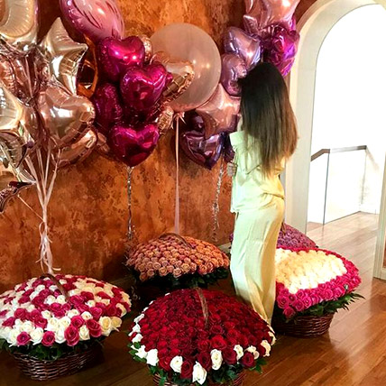 Helium Magic With Baskets Of Flowery Love: Gifts for Her