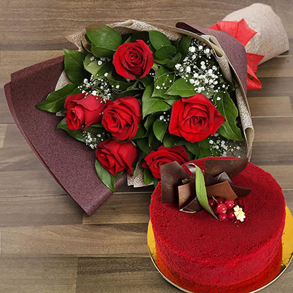 Red Roses with Red Velvet Cake: Anniversary Cakes to Dubai