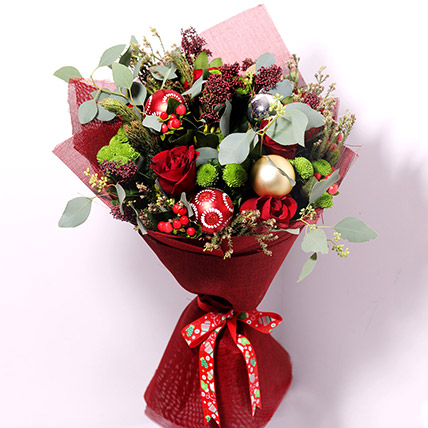 Holiday Flower Bouquet: Christmas Flowers to Sharjah