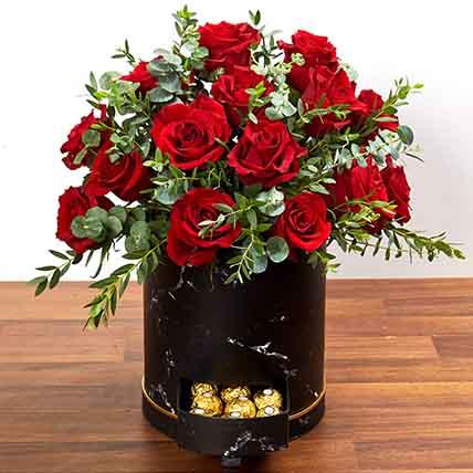 30 Roses Box Arrangement: Best Chocolate in Dubai