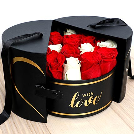 Luxurious Box Of Roses: Valentines Gifts