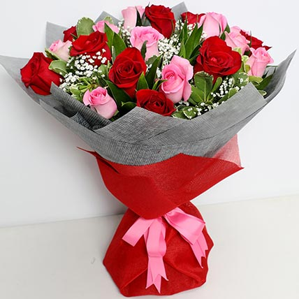 Pink and Red Luxurious Bouquet: Valentine Flowers for Boyfriend