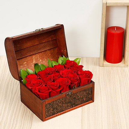 Red Roses Arrangement: Best Valentine Gift For Girlfriend