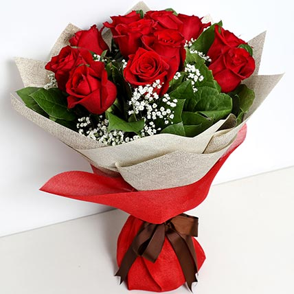 Bunch Of Ravishing Roses: Flower Bouquets