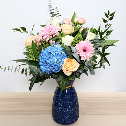 Pastel Shaded Floral Vase: Fathers Day Flowers to Abu Dhabi