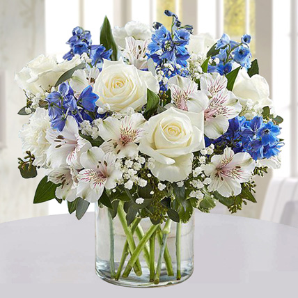 Blue and White Floral Bunch In Glass Vase: Carnation Flower Bouquet