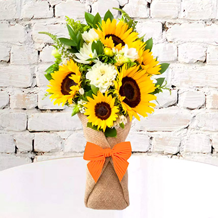 Sunflower Galore Bunch: Flower Delivery Ajman