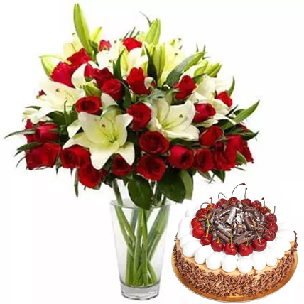 Lovely Combo: Flowers and Cake