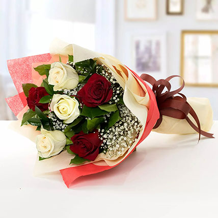 Beauty of Red n White Roses:  Anniversary Flowers