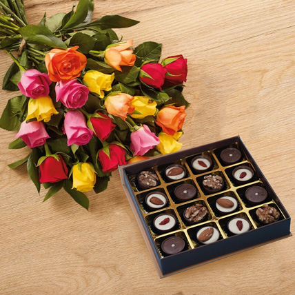 Beauty of Roses Bouquet n Chocolates: Flowers and Chocolates