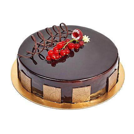 500gm Eggless Chocolate Truffle Cake: Newborn Baby Cake