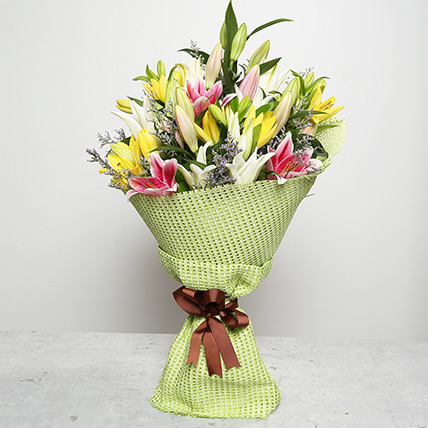 Vibrant Bouquet of Lilies: Thanksgiving Day Flowers