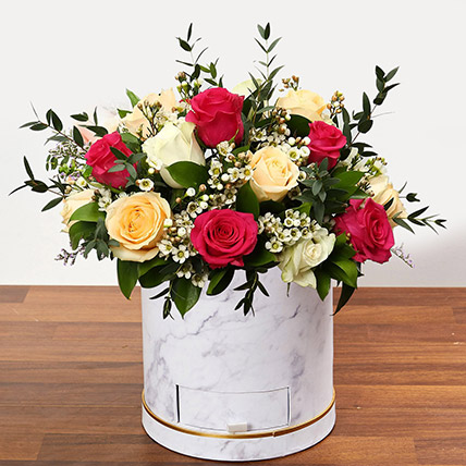 Beautiful Mixed Roses Arrangement OM: Valentines Gifts Delivery in Oman