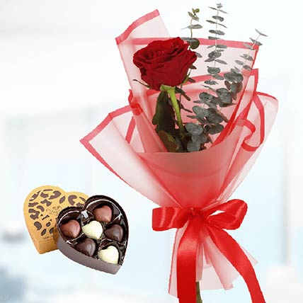 Red Rose & Godiva Chocolates: