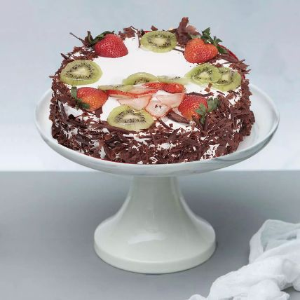 Black Forest Cake: Send Gifts to Qatar