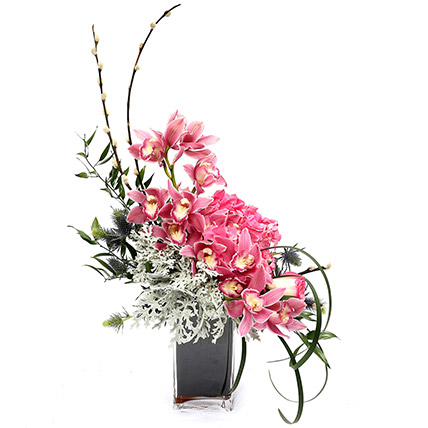 Exquisite Roses and Hydrangea Arrangement SG: Florist Singapore